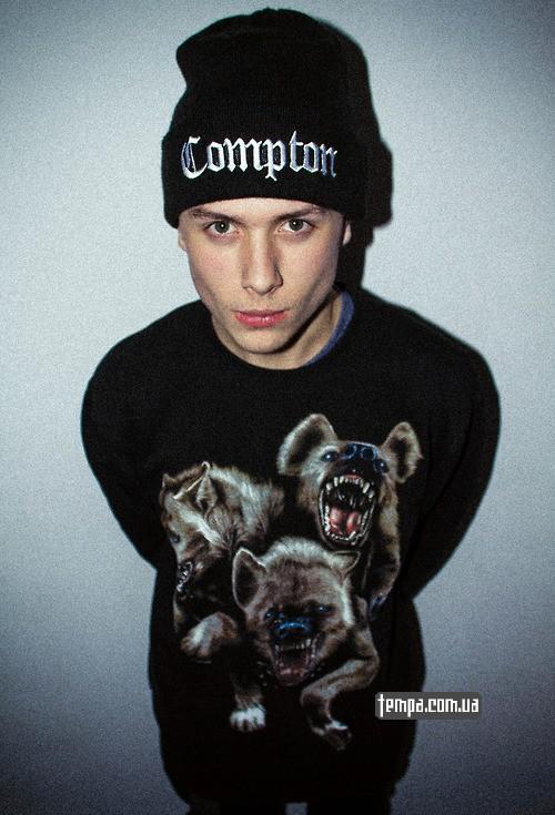 зимняя шапка Compton