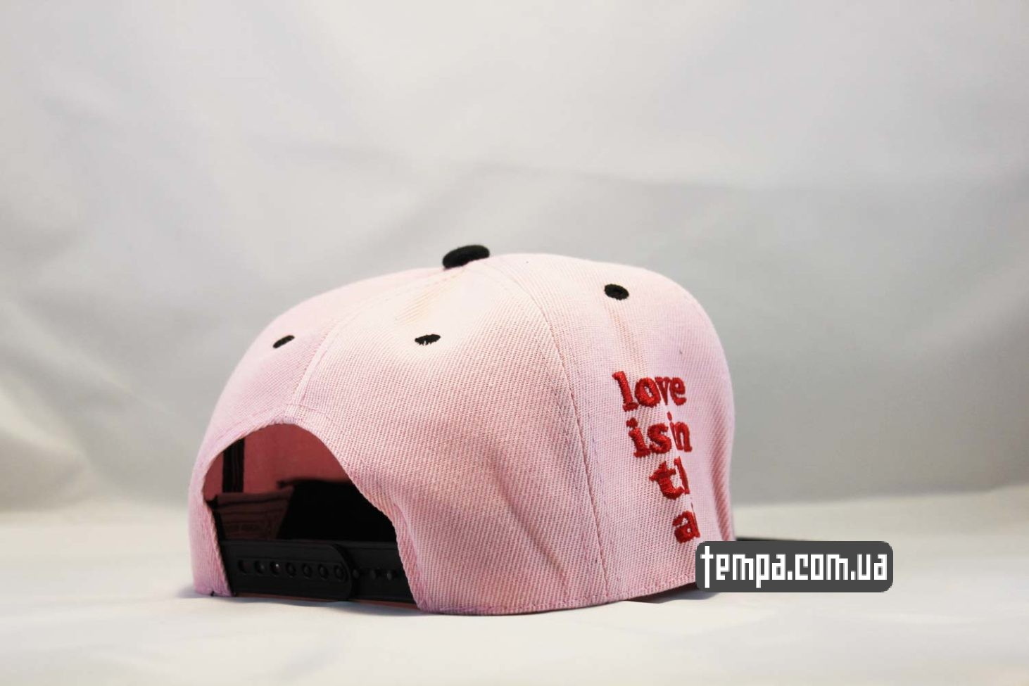 love is in the air кепка snapback pink killer cayler and sons розовая